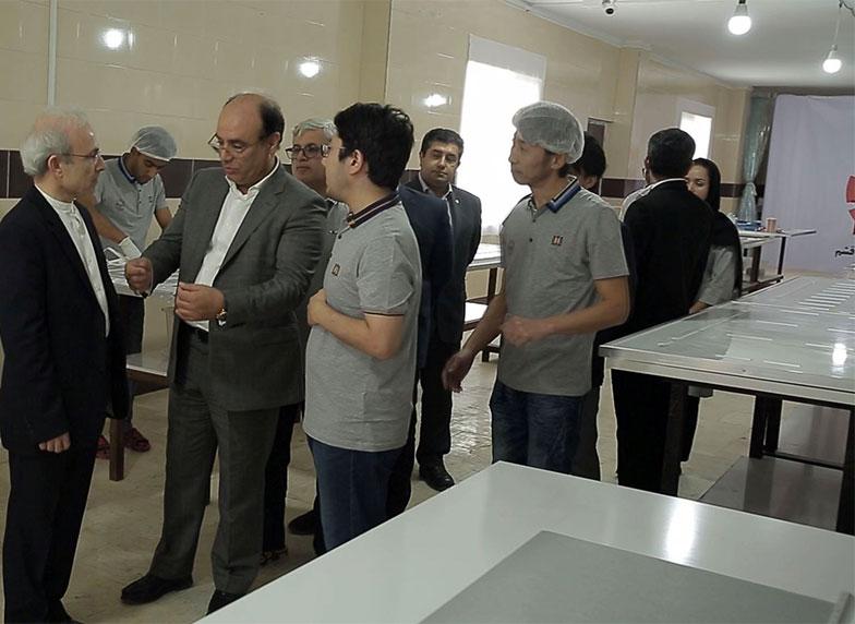 بازدید مدیران سازمان منطقه آزاد قشم از کارخانه