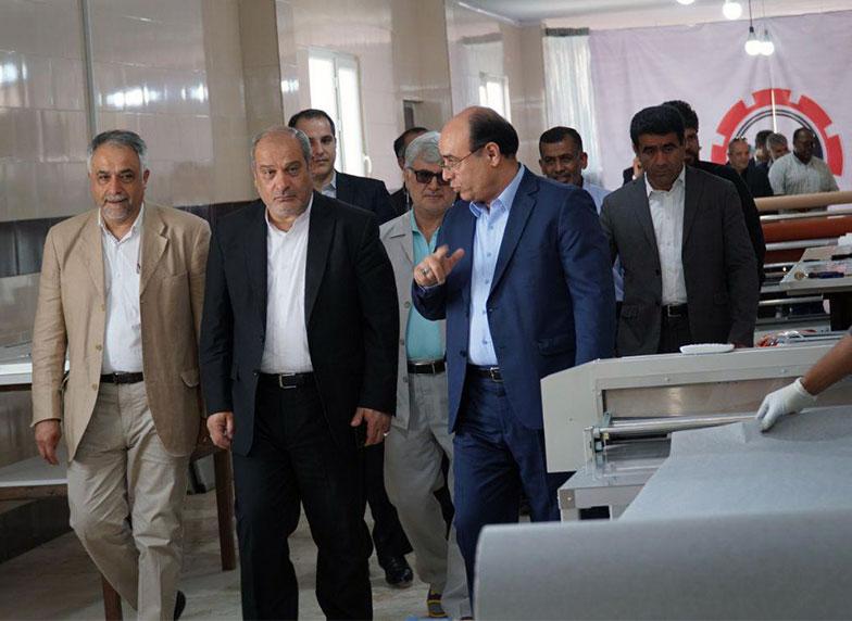 بازدید ریاست محترم سازمان منطقه آزاد قشم از کارخانه